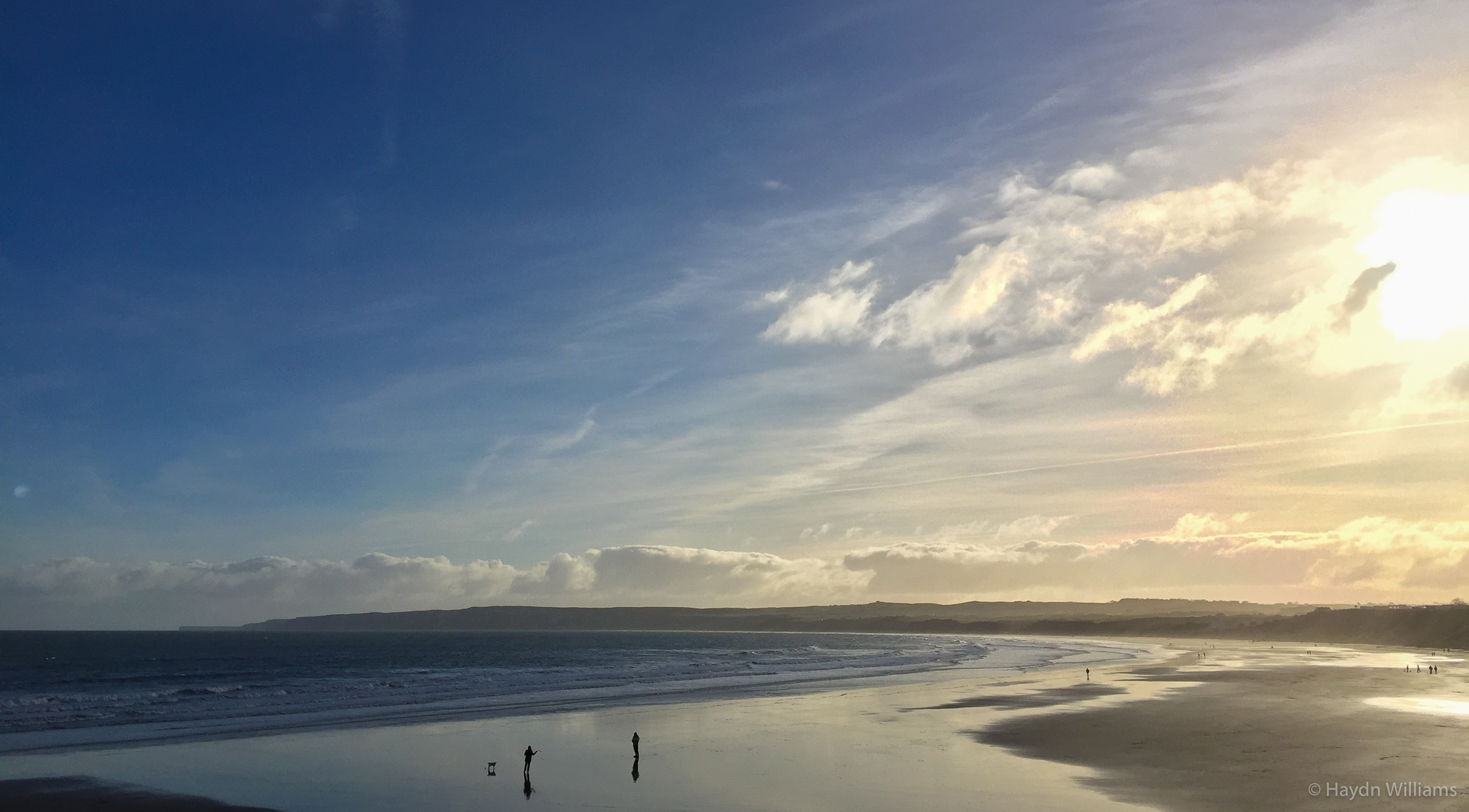 Winter sun at Filey. © Haydn Williams 2016