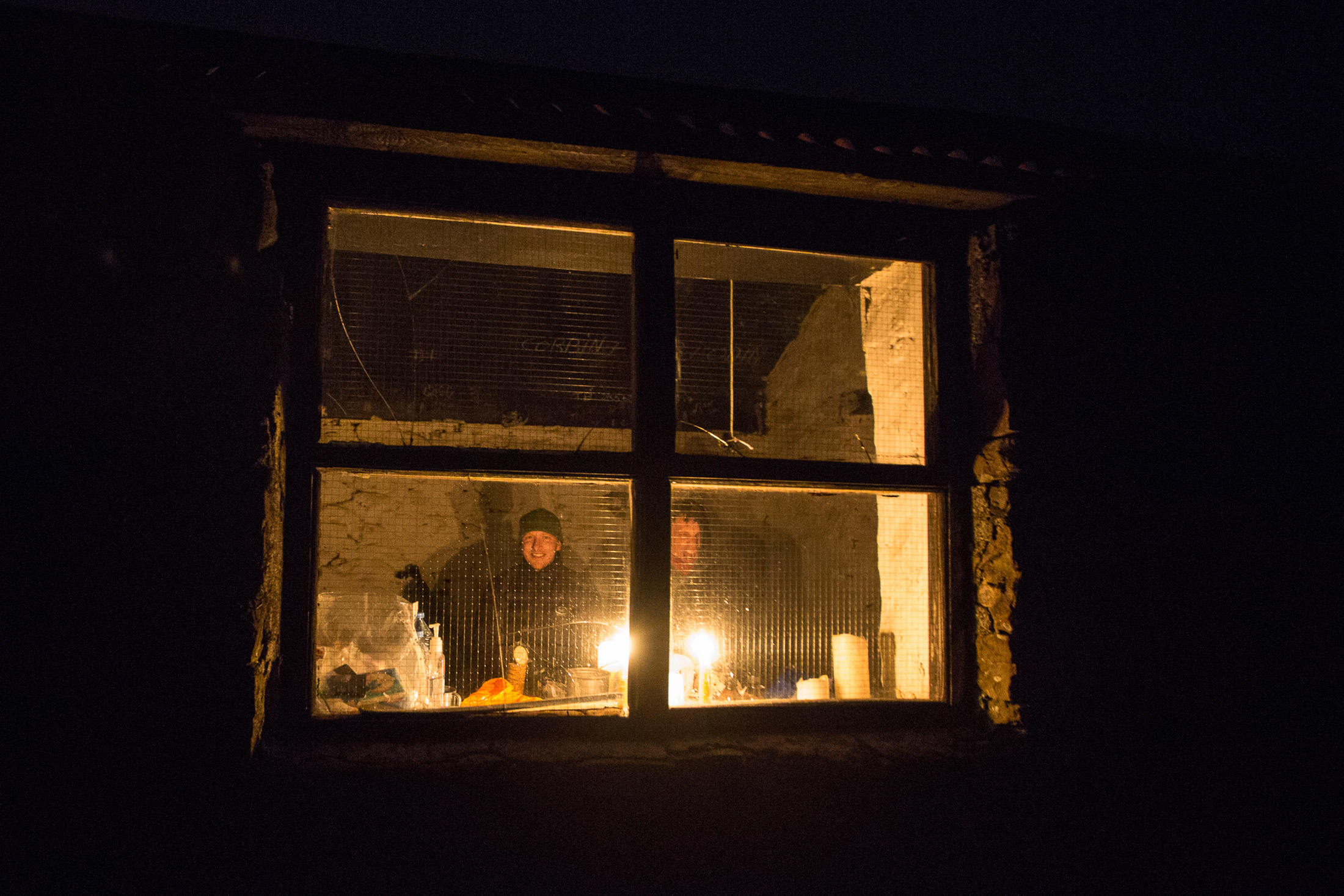 Me and Mark looking cosy inside. © Alex Hyde 2017