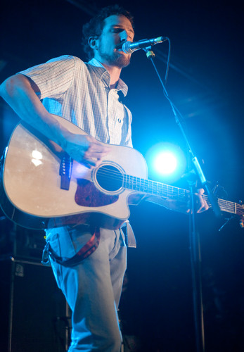 <strong>Frank Turner, Rock City.</strong><br />Copyright Haydn Williams 2009.