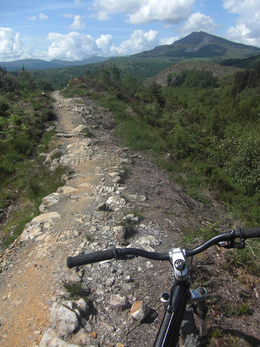 <strong>Approaching the far point of the Marin Trail. Moel Siabod in the background.</strong><br />Copyright Haydn Williams 2009