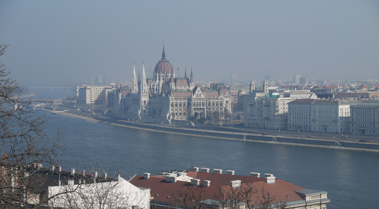 The Danube and parliament on the far side. Copyright Haydn Williams 2011.