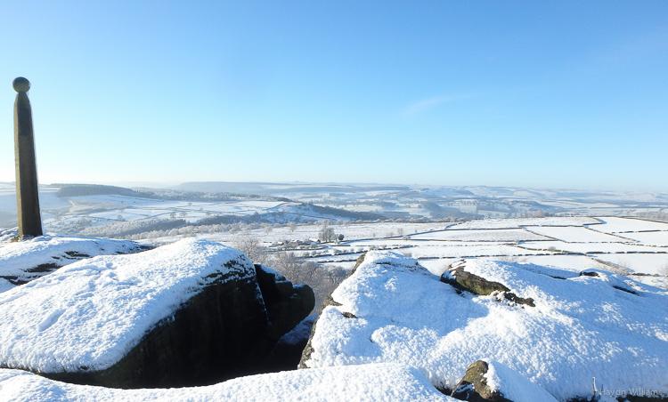 The view from Birchen Edge. © Haydn Williams 2015