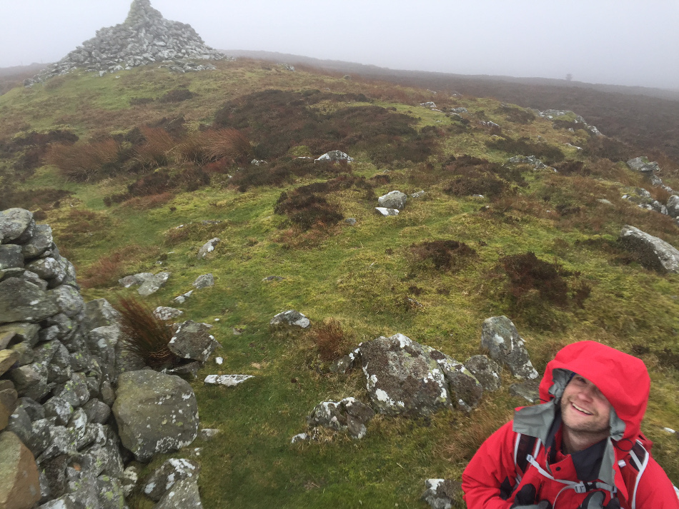 Not much going on at the top of Mwdwl-eithin. ©Haydn Williams 2015