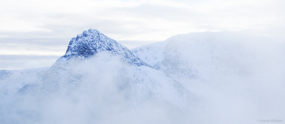 Tryfan teasing before the cloud cleared /dropped. ©Haydn Williams 2016