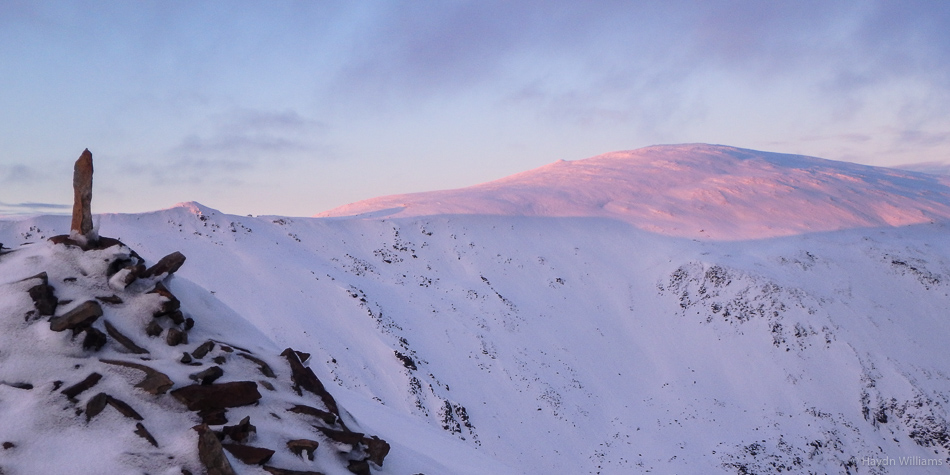 Second set of pink mountains in a week! © Haydn Williams 2016